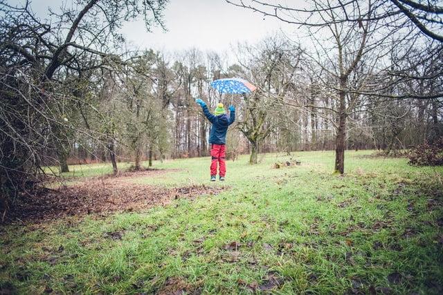 Invierno y niños, ¿qué hacer cuando llueve o hace frío?