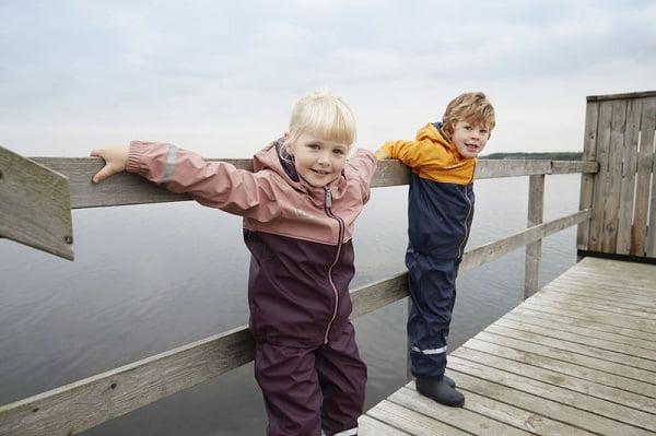 Conjunto de lluvia con forro polar para niños y niñas
